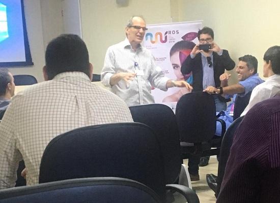 Drs Paulo e Leonardo com plateia